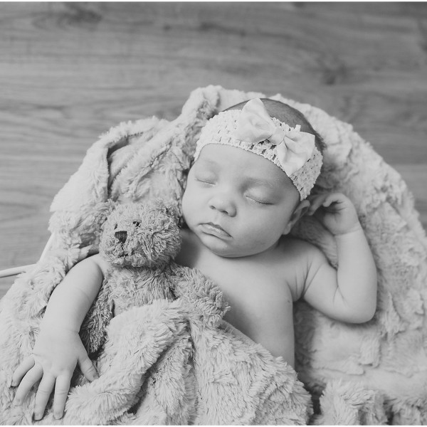 Elle's newborn photo session - {South Wales newborn photography}