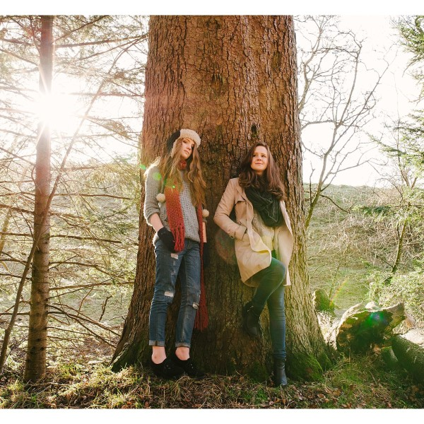 Niamh and Freya - A Scottish winter portrait session.