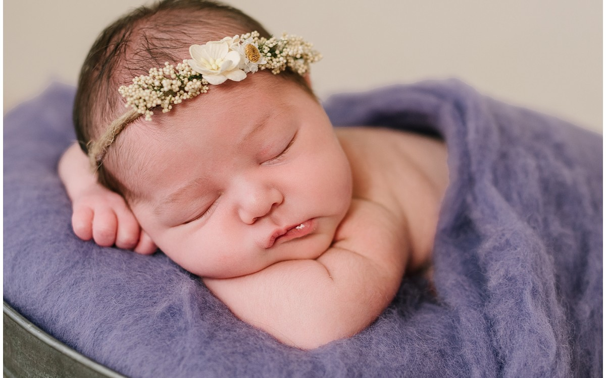 Cardiff Newborn Photography Specialist - Eleri Newborn Session